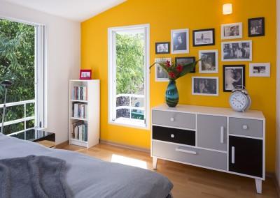 שירלי נחמנה - קיר תמונות משפחה בשחור לבן צהוב
